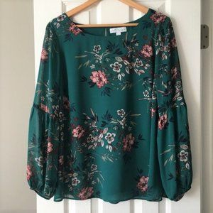 NWOT Boutique bell long sleeve blouse